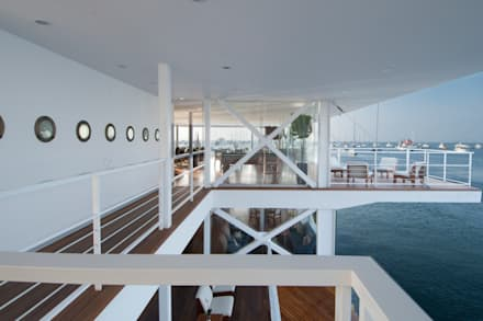 modern Yachts & jets by Lores STUDIO. arquitectos