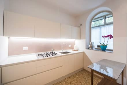 Built-in kitchens by PADIGLIONE B