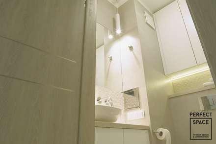 Hotelowe wnętrze: styl , w kategorii Łazienka zaprojektowany przez Perfect Space