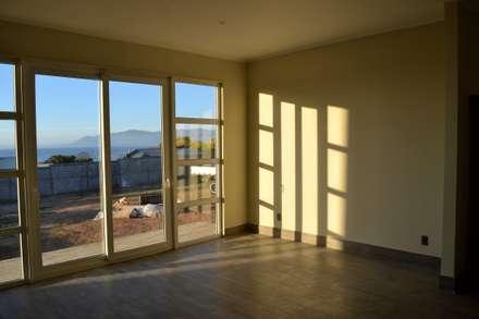 Окна в . Автор – Casas Metal