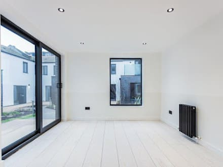 Scandinavian Style - American White Ash flooring :  Commercial Spaces by Woodflooring Engineered Ltd