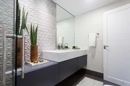 ห้องน้ำ by Escritorio de Arquitetura Karina Garcia