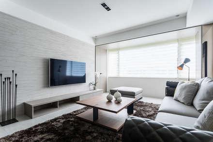 客廳:  客廳 by E&C創意設計有限公司