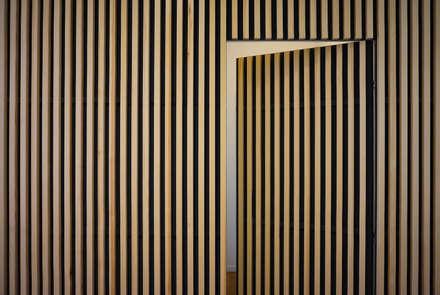 Puertas de estilo  por Edoardo Pennazio
