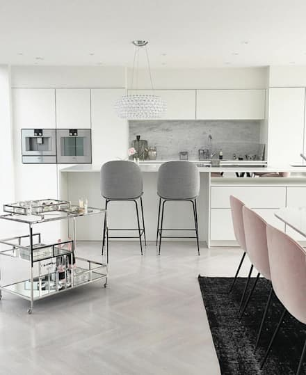 Muebles de cocinas de estilo  por Conceito in Design