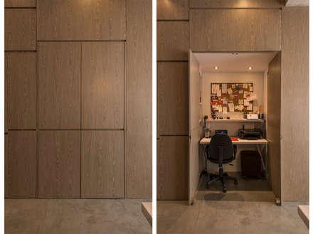 STUDIO: Salas de estilo minimalista por Martínez Arquitectura