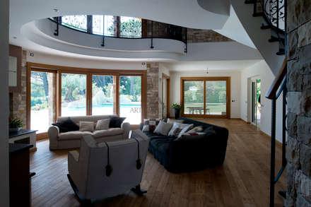 Casa Privata: Soggiorno in stile in stile Moderno di Artigianlegno S.rl. dei F.lli Zanini