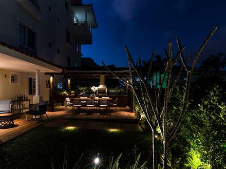 tropischer Garten von branco arquitetura