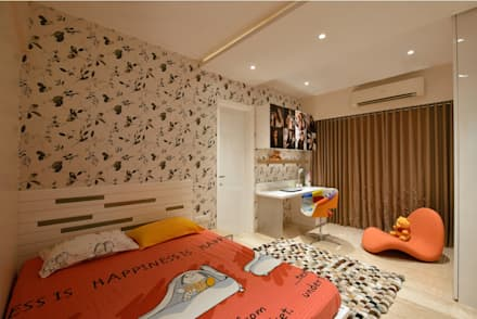 Daughters bedroom: modern Bedroom by The Workroom