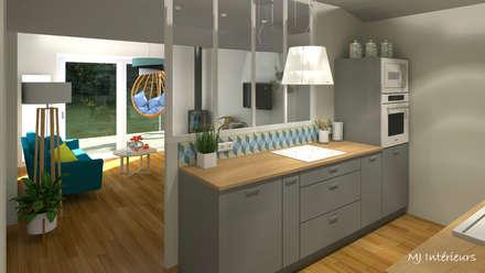 VERSION 2 - Le séjour et la cuisine: Cuisine de style de style Scandinave par MJ Intérieurs