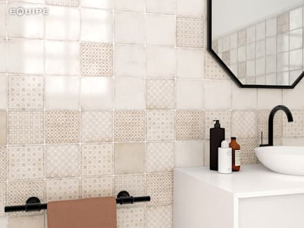 Vestige Gesso, Spring Light Umber 13,2 x 13,2 cm.: Baños de estilo rústico de Equipe Ceramicas