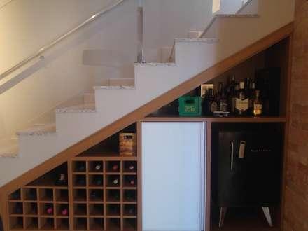 Bodegas de estilo  por Carol Algodoal Arquitetura e Interiores
