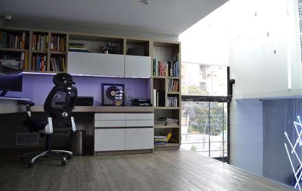 APARTAMENTO CIRCUNVALAR: Estudios y despachos de estilo ecléctico por santiago dussan architecture & Interior design