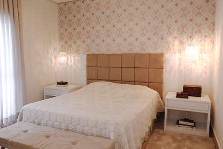 rustic Bedroom by Haus Brasil Arquitetura e Interiores