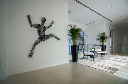 The Nest (2) Mock up Vila:  Corridor & hallway by Etcetera Living