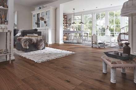 Lindura Holzboden: Landhausstil Wohnzimmer Von MeisterWerke Schulte GmbH