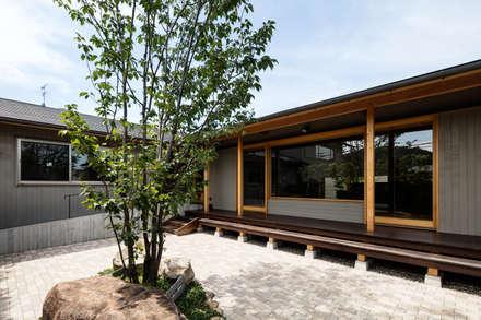 庭: 神家昭雄建築研究室が手掛けた庭です。
