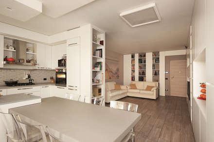 Soggiorno Moderno in una Villetta in Brianza: Cucina in stile in stile Moderno di JFD - Juri Favilli Design