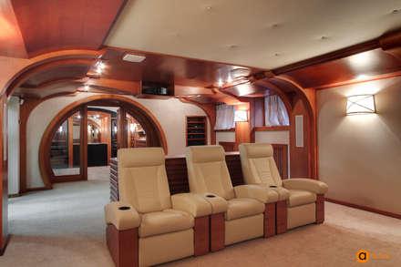 Дизайн домашнего кинотеатра в коричневом цвете: Медиа комнаты в . Автор – Art-i-Chok