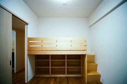 modern Nursery/kid's room by 麻生建築設計工房