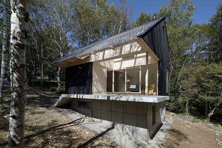 scandinavian Conservatory by 桑原茂建築設計事務所 / Shigeru Kuwahara Architects