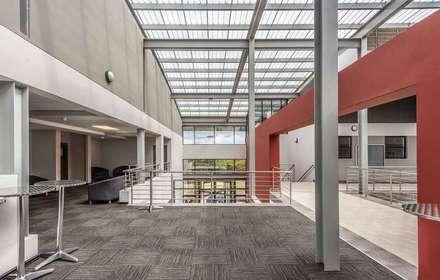 WSU Faculty of Health Sciences:  Schools by Intsika Architects (Pty) Ltd
