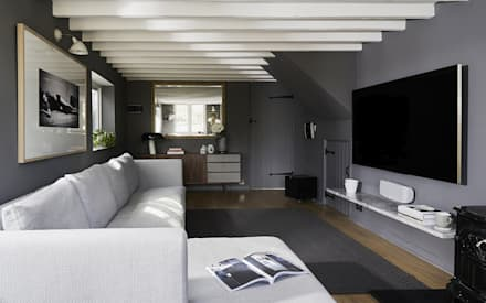 Thatched Cottage | Living Room: eclectic Media room by Fawn Interiors Studio