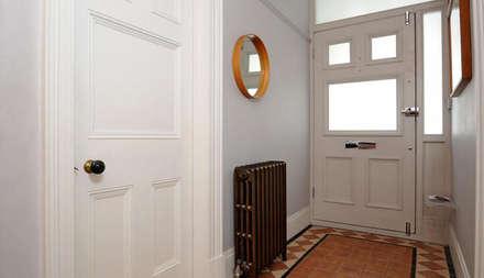 Edwardian House:  Corridor & hallway by Fawn Interiors Studio