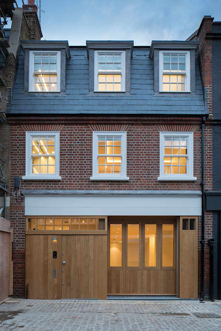 8 Harley Place:  Doors by Sonnemann Toon Architects