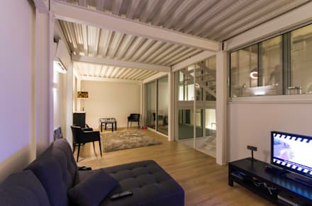 RUX: Salon de style de style Minimaliste par Brengues Le Pavec architectes