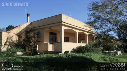 casa V0399: Casa di campagna in stile  di G'n'B studio