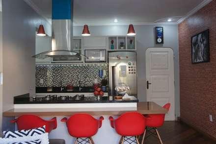 moderne Küche von ARQUITETO E URBANISTA BRUNO FERREIRA