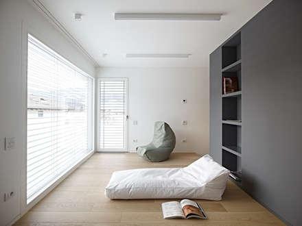 Soggiorno idee immagini e decorazione homify for Essere minimalisti