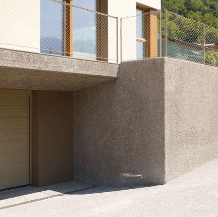 Garajes abiertos de estilo  por Burnazzi  Feltrin  Architects