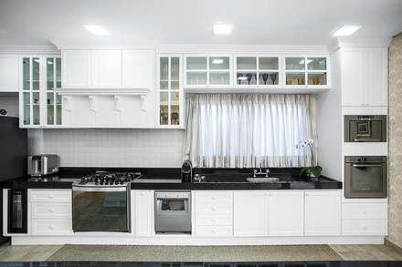 Kitchen units by Wanderson Alves - Arquiteto