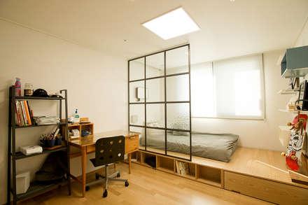 modern Nursery/kid's room by (주)바오미다