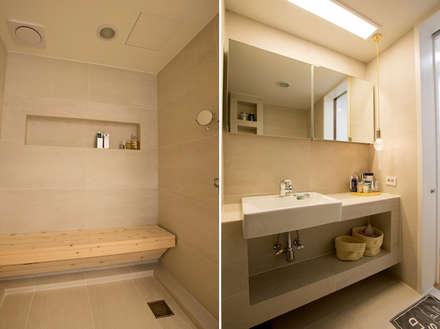 아파트 속 모던갤러리를 꿈꾼다_답십리 래미안위브 인테리어: (주)바오미다의  화장실