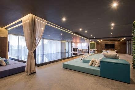 modern Spa by Sobrado + Ugalde Arquitectos