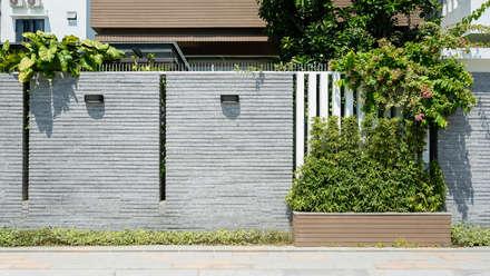 Wände von Cty TNHH MTV Kiến trúc, Xây dựng Phạm Phú & Cộng sự - P+P Architects