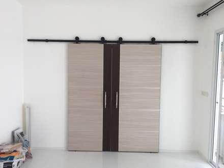Doors by P Knockdown Style Modern
