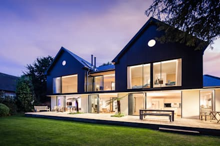 Boyle Farm:  Terrace by Concept Eight Architects
