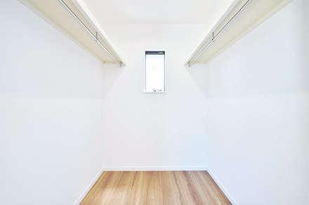 850万円からはじめる新築一戸建て CUBIC(キュービック): オレンジハウスが手掛けたウォークインクローゼットです。
