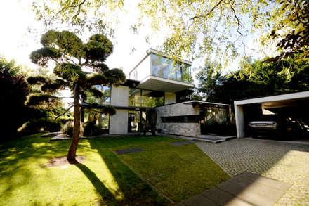 Wohnhaus in Bremen2:  Villa von DIEPENBROEK I ARCHITEKTEN