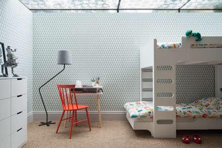 Swedish Elegance - Residential redecoration:  Boys Bedroom by Maklin & Macrae