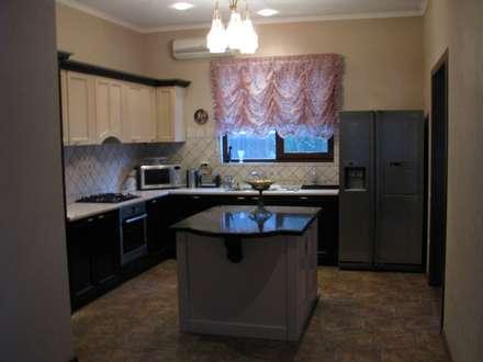 кухня: Кухни в . Автор – Центр Каркасных Технологий