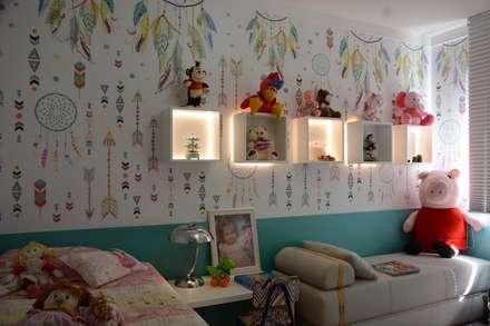 Girls Bedroom by arquiteta aclaene de mello