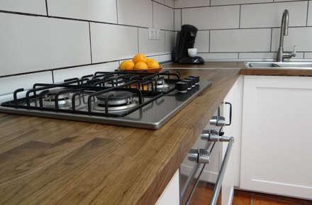 Cocina rústica: Módulos de cocina de estilo  de ADesign mallorca