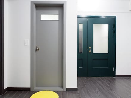Doors by 달달하우스