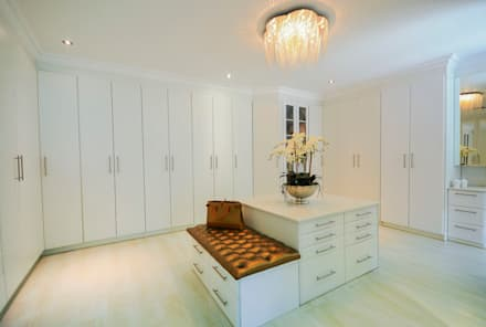 PORTFOLIO: Modern Dressing Room By CLINT LEWIS DESIGNS