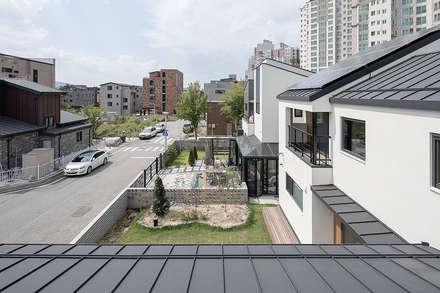 Roof by 소하  건축사사무소    SoHAA